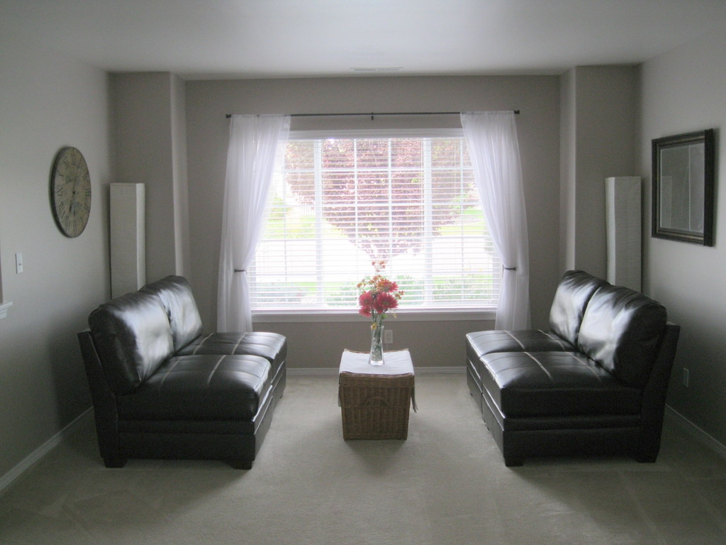 SOLD! 4 bedrooms + bonus in Hansen Park. $249,900 | Kunde Real Estate