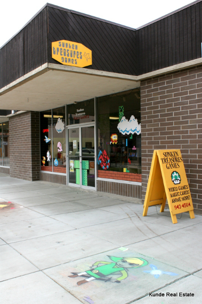 Sunken Treasure Video game shop Uptown shopping center Richland Wa places things to do Tri-Cities local business small business shop ma and pa